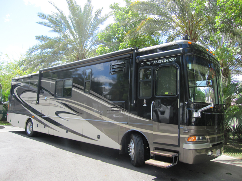 2007 Fleetwood Discovery-Vatter for rent from Class A Motorhome Rentals