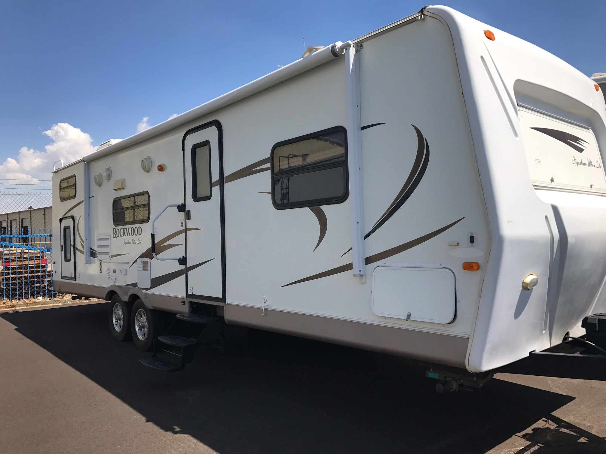 2010 Forest River Rockwood for rent from Class A Motorhome Rentals